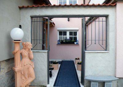 Unser neu gestalteter Eingang - Wellnessmassage Rhein-Main